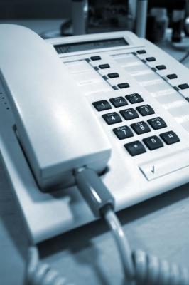 Telefon (Bild pixelio.de/ Andreas Morlok)