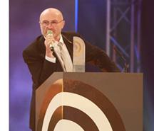 Phil Collins bei Radiopreis (Bild: NDR/Philipp Szyza)