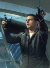 Tom Cruise in Minority Report (Bild: Fox)
